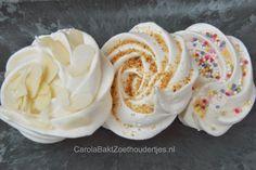 schuimpjes merengues versieren Bake My Cake, Meringue Pavlova, Macarons, Yummy Food, Tasty, Party Snacks, High Tea, Vegetarian Recipes, Food And Drink