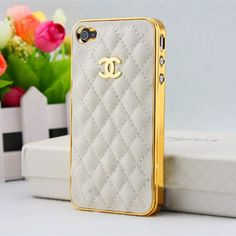 If a quilted logo bag isn't in your budget, this case is a sexy alternative. #Chanel Logo iPhone 4/4s case in white leather.