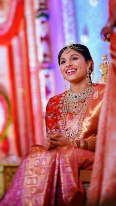 Pattu Saree Blouse Designs, Bridal Blouse Designs, Lehenga Designs, Indian Wedding Jewelry, Indian Wedding Outfits, Bridal Jewellery, Gold Jewellery, Bridal Looks, Bridal Style