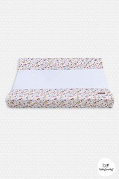 Baby's Only Changing pad cover Bloom ✓ Free shipment from ✓ Fast delivery ✓ Secure payment. Babys Only, Changing Pad, Color Trends, Bloom, Colours, Cover, Pink, Roses, Change Tables