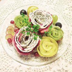 ・ 食べることは生きること、食べることは幸せなこと♡ 皆さんの食べる時間が幸せな時間でありますように。 ・ To eat is to live.Eating is fun at all. Have a fruteful time on eating. ・ ・ #food #クッキングラム #art #おうちごはん #foodstagram #foodpic #foodlife #foodlover #foodblogger #デリスタグラマー #delistagrammer #followme #クッキンググラマー #happy #today  #cooking #life #カメラ女子  #happy #スウィーツ #Sweets  #flower #lin_instagrammer #fruitcutting #beatyful #naturalkitchen #creative #スウィーツ女子 #foodartist #artist #art #artfood