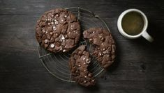Nigella's sweet and salty cookies make the perfect amount for one person. See the recipe tip for how to make them vegan or gluten-free. Quick Chocolate Recipe, Dark Chocolate Recipes, Flourless Peanut Butter Cookies, Chocolate Cookies, Chocolate Chips, Flake Recipes, Bbc Recipes, Vegan Recipes, Cooking Recipes