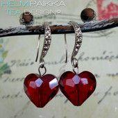 Punaiset kristallisydämet 20€ #ystävänpäivä #valentinesday #kristallisydänkorvikset #sydänkorvikset #love