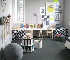 black and white kid's room from www.kidsroom.dk //  www.kid-a.gr
