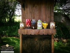 Customized Lemonade/Iced Tea Stand for the wedding guests during the ceremony