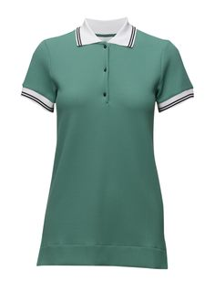 DAY - Polaris DAY - Polaris Waffle textured weave Polo collar and button placket Ribbed collar and cuffs Excellent quality and fit Functional Modern Practical Polo Golfer Golf Shirt Green Day, Collar And Cuff, Golf Shirts, Waffle, Weave, Cuffs, Polo, Button, Fitness
