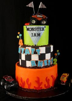 Monster truck cake cakes and cupcakes for kids birthday part Baby Boy Birthday, Birthday Fun, Birthday Stuff, Birthday Cakes, Birthday Ideas, Truck Cakes, Monster Truck Birthday, Crazy Cakes, Cupcake Cookies