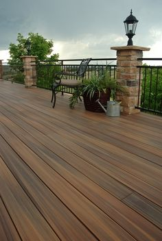 Follow these ten easy care and maintenance steps to keep your composite deck looking great throughout the year: