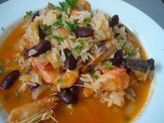 Arroz de bacalhau com camarão - Receitas Para Todos os Gostos Portuguese Recipes, Thai Red Curry, Risotto, Chili, Seafood, Cabbage, Spices, Cooking Recipes, Stuffed Peppers