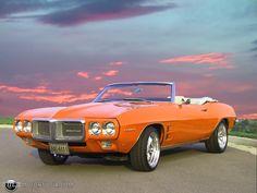 1969 Pontiac Firebird Convertible Pontiac Lemans, Pontiac Cars, Muscle Cars Vintage, Vintage Cars, American Classic Cars, American Muscle Cars, Rat Rods, Austin Martin, Jaguar
