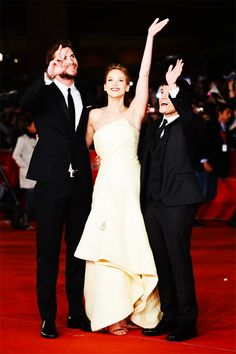 The Hunger Games Catching Fire in Rome. Jennifer Lawrence in #yellow #redcarpet #GG