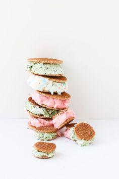 Learn how to make these Dutch Stroopwafel Ice Cream Sandwiches! #dessert #icecream #icecreamsandwhich