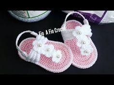 Crochet Baby Boots, Crochet Baby Sandals, Booties Crochet, Baby Girl Crochet, Crochet Baby Clothes, Crochet Shoes, Baby Booties, Knitted Baby, Crochet Dolls