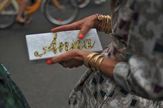 Milan Fashion Week #StreetStyle #Fashion #MFW #MilanFashionWeek #Bags #AnnaDelloRusso
