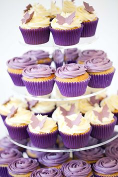 Pics For > Purple Cupcake Wedding Cakes