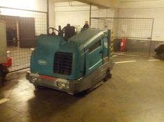 Barredora Fregadora Tennant M20 en Iulius Mall en Cluj Napoca (Rumania)