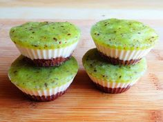 "Raw Vegan Kiwi ""Cheesecake"""