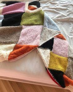 Jumper Knitting Pattern, Hand Knitting, Knitting Patterns, Crochet Patterns, Big Knits, Knit Fashion, Crochet Designs, Crochet Yarn, Couture