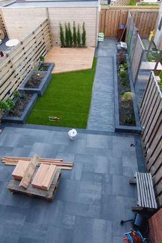 ideas for small backyard patio layout yards Backyard Garden Design, Small Backyard Landscaping, Diy Garden, Small Garden Design, Small Patio, Patio Design, Backyard Patio, Landscaping Ideas, Home And Garden