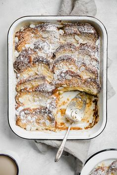 Creme Brulee French Toast - Creme Brulee French Toast Recipe - - Creme brulee French toast is one heck of a way to turn breakfast or brunch into a decadent meal. It's super easy and can be prepped the night before! Brunch Menu, Brunch Recipes, Breakfast Recipes, Dessert Recipes, Sweet Desserts, Breakfast Sandwiches, Milk Recipes, Creme Brulee French Toast, Breakfast Desayunos