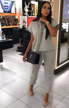 Summer Outfits, Casual Outfits, Cute Outfits, Fashion Outfits, Gray Outfits, Fasion, Loungewear Outfits, Loungewear Set, Grey Joggers