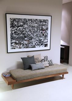 """grey vintage daybed with built in """"side table"""" Banquette Design, Sofa Design, Home Decor Furniture, Diy Home Decor, Furniture Design, Home Living Room, Living Room Decor, Buffet Design, Minimalist Sofa"""