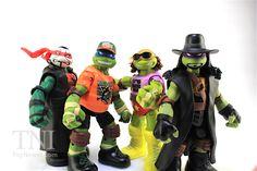 TMNT WWE Michelangelo as Macho Man Ninja Superstars Turtles Figure Video Review & Images