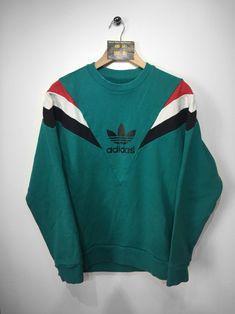 super cute a93a0 8f912 Adidas sweatshirtSIZE - M (MEDIUM) .Adidas lettering and trefoil print  across centre front