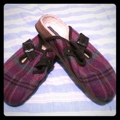 BOGO! Plaid Purple Clogs/Slippers EUC. Purple plaid patterned wool clogs. Lined with fuzzy material on the inside. Would make great slippers or a casual clog. Size 8. Part of my BOGO free promotion. American Eagle Outfitters Shoes Mules & Clogs