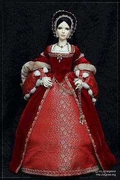 Costume is by VityaZB, made after a famous portrait. Tudor Costumes, Period Costumes, Historical Women, Historical Clothing, Historical Photos, Tudor Dress, Famous Portraits, Renaissance Wedding, Red Gowns