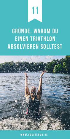 Nicht erst seit der Teilnahme an meinem ersten Triathlon 2015 bin ich der Faszination Triathlon verfallen. Nein, die Kombination Schwimmen, Radfahren und Laufen hat mich schon lange gereizt und ich weiß, dass ich damit nicht alleine bin. Liebäugelst auch Du mit dem Mehrkampf? Hier kommen meine 11 Gründe, warum Du unbedingt einmal einen Triathlon absolvieren solltest! #triathlon #tri #swimbikerun #swimming #sport #training
