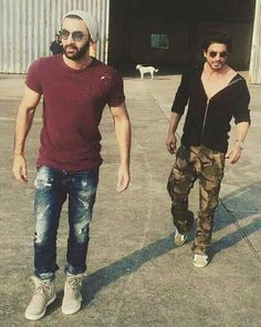 SRK and RK shahrukhkhan ranbirkapoor bollywood movies movified Indian Celebrities, Bollywood Celebrities, Bollywood Actress, Ranbir Kapoor Hairstyle, Richest Actors, Roy Kapoor, Sr K, Dope Fashion, Mens Fashion