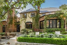 Former L.A. Home of Betty Grable Lists for $13.295 million - WSJ