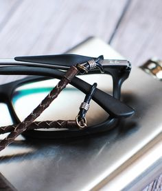 Perfect Eyeglasses Chaing for strong man.  Glasses, Ray-Ban, Eyeglass Chain, Sunglasses Necklace, Eyeglass Necklace, Reading Glasses Chain, Eyeglasses Chain Holder Necklace #necklace #eyeglasses #jewelry #fashion #handmade