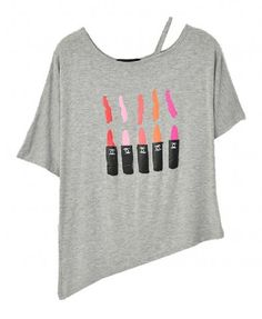 Irregular Batwing Sleeves T-shirt with Off-The-Shoulder Design and Lipstick Print from Chicnova  $24.00