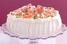Turkish Pavlova .... Give a traditional Australian dessert a touch of Turkish delight.