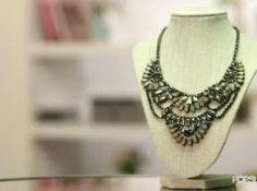 America's Most Stylish Blogger Trang Huyen - DIY Statement Necklace