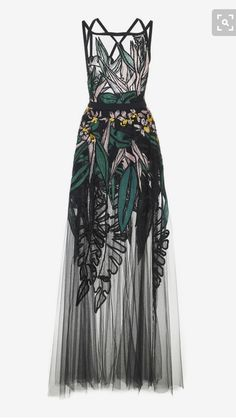Long Dress by Elie Saab Style Haute Couture, Couture Fashion, Couture Shoes, Beautiful Gowns, Beautiful Outfits, Gorgeous Dress, Dress Up, Dress Outfits, Dress Long