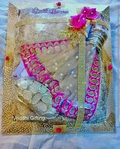 Wedding Gift Packing Ideas For Bride : ... Wedding packing on Pinterest Trousseau packing, Saree and Trays