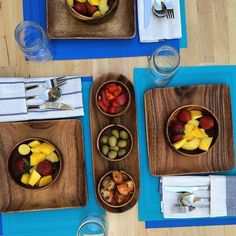 Check out our colorful Laguna placemat sets for indoor and outdoor entertaining; guaranteed to make your table pop!