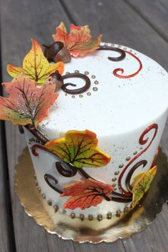 "Fall beauty Cake wedding cake Accept my nephew would say, ""here comes my girl"" she's too old for him. Pretty Cakes, Beautiful Cakes, Amazing Cakes, Cupcakes, Cupcake Cakes, Pasteles Halloween, Thanksgiving Cakes, Fall Cakes, Dream Cake"