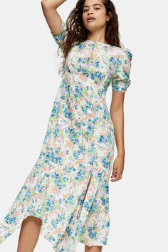 Carousel Image 0 Topshop Style, Style Magazin, Dress Design Sketches, Midi Dress With Sleeves, Dress Images, Dress To Impress, Designer Dresses, Dress Outfits, Wrap Dress