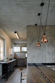 Una lección de cómo utilizar concreto como material de decoración principal.