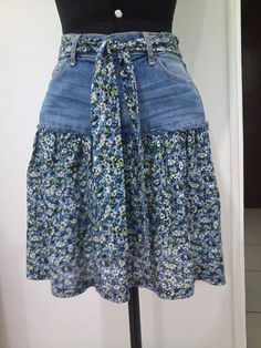 95 DIY Things You Can Make With Old Jeans - diy clothes Recycling Ideen Sewing Jeans, Sewing Clothes, Skirt Sewing, Refashioning Clothes, Clothes Refashion, Jeans Refashion, Diy Jeans, Men's Jeans, Diy Kleidung