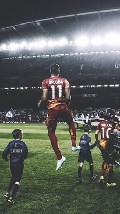 ❤❤ #galatasaray #cl #drogba Football Soccer, Football Players, Galaxy Wallpaper, Iphone Wallpaper, Soccer Problems, Football Pictures, Sylvester Stallone, Image Title, Picture Description