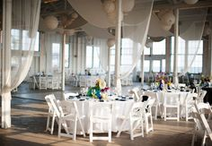 A Colorful Seaside Wedding at The Carousel at Lighthouse Point Park by Justin  Mary Photography