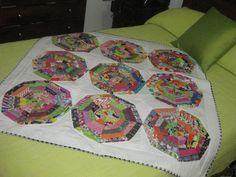 carpeta de cama realizada en le técnica tela de araña.