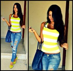 bright stipes and distressed jeans <3