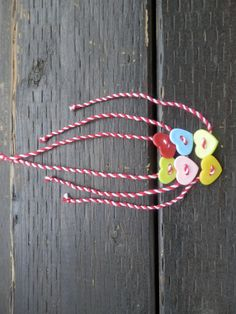 Martenitsa bracelet set of 3 by TheGiftofLovebyLili on Etsy 8 Martie, Spring Activities, Rakhi, Bracelet Set, Baba Marta, Projects To Try, Unique Jewelry, Christmas Ornaments, Beads