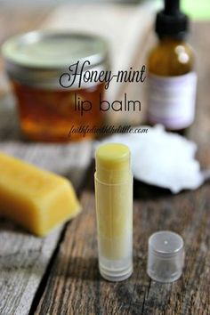 Make your own chap stick with this Honey-mint Lip Balm recipe!